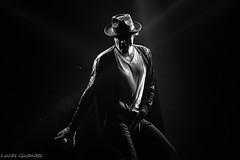 Michael (2) (guanaeslucas) Tags: michael jackson musica music show dance dança preto branco black white pb bp bw wb monocromático canon dslr t6i 750d brasil brazil