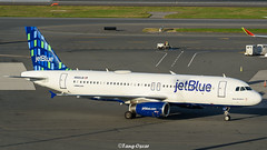 N569JB @BOS (thokaty) Tags: n569jb jetblue a320 a320232 eis2003 bluesbrothers bos kbos bostonloganairport