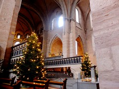 Im Trierer Dom (Antje_Neufing) Tags: trier dom innen weihnachten rheinlandpfalz stimmung licht