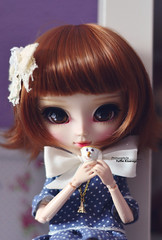 """""""Say """"hi"""" to all our friends, Chip"""" (·Yuffie Kisaragi·) Tags: doll pullip cassie leilani obitsu rewigged rechipped"""