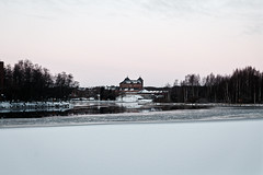 Hämeenlinna (Tuomo Lindfors) Tags: suomi hämeenlinna tavastiaproper finland fi hämecastle linna castle vanajavesi vesi water järvi lake dxo filmpack