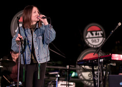 Alice Merton 12/13/2017 #18 (jus10h) Tags: alicemerton alice merton alt 987 penthouse altana apartment homes glendale losangeles california female singer songwriter european young beautiful sexy talented artist band musician live music concert gig event private show performance venue rooftop pool photography nikon d610 2017 justinhiguchi photographer