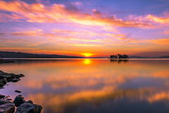 sunset 6402 (junjiaoyama) Tags: japan sunset sky light cloud weather landscape purple orange contrast color bright lake island water nature winter calmness reflection