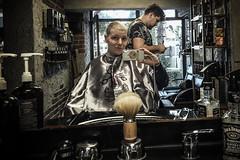 Looking good (Melissa Maples) Tags: antalya turkey türkiye asia 土耳其 apple iphone iphone6 cameraphone hairdresser studio salon zaga me melissa maples selfportrait woman blonde turk man anılanlamaz barber hairstyle haircut