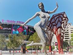 Bliss Dance (France-♥) Tags: 516 steel lasvegas nevada statue blissdance art sculpture marcocochrane usa lasvegasstrip femme woman danse dance