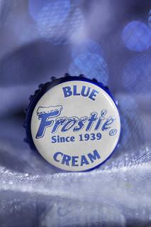 frostie blue (macro mondays)