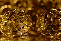 """Lit by Candlelight"" (giancarlo_darrigo) Tags: macromondays candle candlelight"" litbycandlelight nikon bokeh nikond7100 christmas navidad natale gold oro luce macro"