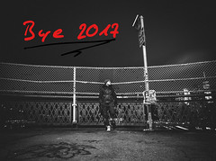 Good bye 2017 (Tim RT) Tags: tim rt reutlingen germany deutschland new yorkmcity usa manhattan bridge black white bw monochrome good bye 2017 people selfie me fence street night light outdoor travel love awesome beautiful hypebeast visual inspired picture photography fuhinfujifim xt xt2 xf1024