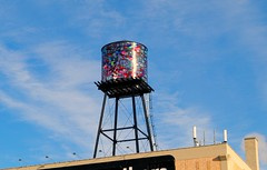 Milwaukee's mosaic water tower (Cragin Spring) Tags: watertower coakley building rooftop mosaic art tower wisconsin wi midwest unitedstates usa unitedstatesofamerica city urban milwaukee milwaukeewi milwaukeewisconsin sky