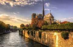 Paris N° 29 : Notre-Dame _ 4 (Roberto Defilippi) Tags: 2017 1012017 rodeos robertodefilippi nikond7100 tokina1116mmf28 paris francia chiesa church