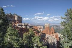 Bryce Canyon sm (Lorinda Pardi) Tags: red canyon bryce brycecanyon hoodoos trees landscape nature rock formations
