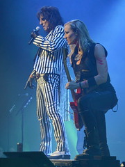 Alice and Nita (Robby Gragg) Tags: alice cooper nita strauss star plaza merrillville