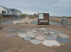 Welcome (harrytaylor6) Tags: promendade beach suderland roker refuse bin pavingslabs geometric