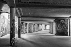 Fußgängertunnel in München (ShimmyGraphy) Tags: friedensengel pedestriansubway tunnel architecture münchen architektur fusgängertunnel schwarzweis fototour langzeitbelichung hdr graffiti fahradtunnel bayern deutschland de black white bw high dynamic range shimmygraphy panasonic gh4 lumixvariog12352 germany contrast blackandwhite bnw munich