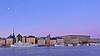 Postcard from Stockholm / A tourists view of town (Franz Airiman) Tags: stockholm sweden scandinavia gryning dawn sunrise soluppgång vatten water boat ship fartyg båt strömmen teaterskeppet julgran xmas christmastree kinneviksgranen skeppsbron gamlastan oldtown palace royalpalace slott slottet kungligaslottet