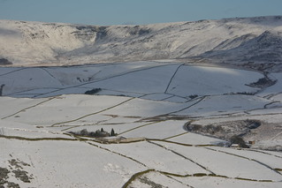 Hills Farm & Kinder Downfall, Peak District National Park, Derbyshire, England.