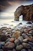 Arche de Port-Blanc (Seb BAUDIN) Tags: d7000 tokina 1224 filtre lee big stopper nd1000 gnd 09 pose longue mer océan falaise rocher galet vagues ciel nuages paysage quiberon arche de portblanc morbihan bretagne breizh seascape sébastien baudin pierrre eau