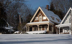 Maine-2017_193 (snlsn) Tags: baysidemaine midcoastmaine offseason winter snow cold cottage cottages