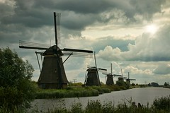Kinderdijk (AMSDekker) Tags: kinderdijk thenetherlands windmills water sky clouds nature canon canon70d