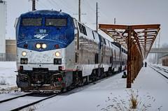 Merry Christmas from Ottumwa (Lights in my hometown) Tags: ottumwa wapellocounty iowa amtrak train 6 eastbound california zephyr railroad locomotive engine christmaseve snow platform canopy p42dc p42 amtk188