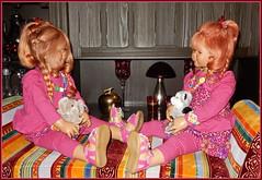 Tivi und Sanrike ... (Kindergartenkinder) Tags: kindergartenkinder annette himstedt dolls tivi sanrike