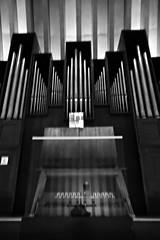 12 - Créteil, Cathédrale Notre-Dame, Orgue (melina1965) Tags: 2017 décembre december îledefrance valdemarne nikon coolpix s3700 créteil église églises church churches noiretblanc blackandwhite bw orgue orgues organ organs