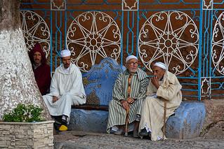 discussion entre hommes Maroc_2197