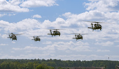 Sikorsky UH-60M Black Hawk (Boushh_TFA) Tags: sikorsky uh60m black hawk försvarsmaktens flygdagar 2016 malmen airbase flygplats escf malmslätt linköping sweden nikon d600 nikkor 300mm f28 vrii