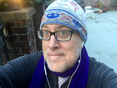 Day 2179: Day 354: Purple scarf (knoopie) Tags: 2017 december iphone picturemail doug knoop knoopie me selfportrait 365days 365daysyear6 year6 365more day2179 day354