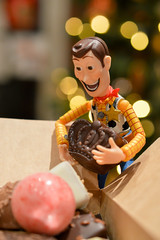 I'll have this one! (363:365:2017) (Lost Star) Tags: 365the2017edition 3652017 day363365 29dec17 chocolate christmas woody revoltech