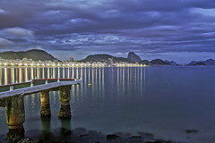Copacabana in the Blue Hour (Daniel Schwabe) Tags: longexposure night lights bluehour riodejaneiro copacabana beach sea reflections mountain travel tourism brazil brasil