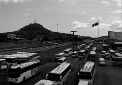 A country (Neo-noir) Tags: panama station hill noiretblanc life city road architecture country land