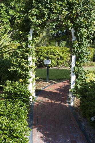 WWI - Garden Archway