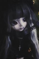melancholy (hauntiing) Tags: pullip laura goth dark
