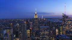 NY_6 (PilaReina) Tags: nuevayork viajes paisajeurbano nightphoto color sky skyline nyc sonyflickraward