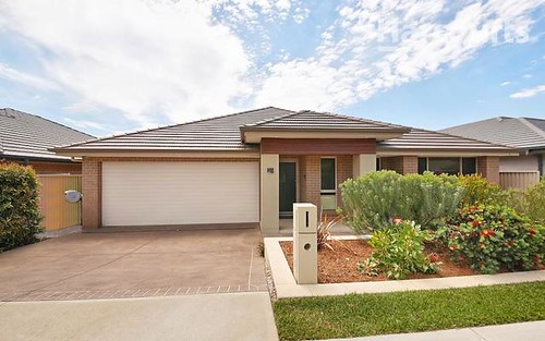 29 Commelina Dr, Mount Annan NSW 2567