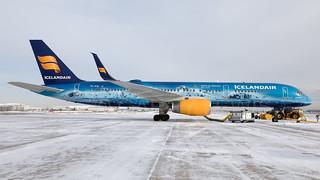 Icelandair Boeing 757-200 TF-FIR Vatnajokull