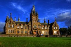 MORGAN ACADEMY, DUNDEE, SCOTLAND, UNITED KINGDOM. (ZACERIN) Tags: morgan academy dundee scotland morganacademy visit history of the margan visitscotland historyofthemarganacademy john dick peddie charles kinnear architecture hospital school morganschool architecturalsignificance category a listed building categoryalistedbuilding zacerin christopher paul photography christopherpaulphotography buildings old oldbuildings schools oldschools
