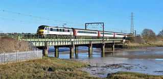 Greater Anglia Class 90_Cattawade, Manningtree_1P25_091217_01