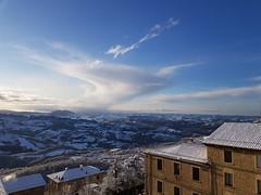 #neve#sanmarino#ghiaccio#panorama#montagne#controluce (Mastercaio76) Tags: ghiaccio controluce panorama sanmarino montagne neve
