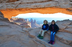 The Kids At Mesa Arch (Joe Shlabotnik) Tags: nationalpark mesaarch utah violet 2017 arch canyonlands everett november2017 canyonlandsnationalpark afsdxvrzoomnikkor18105mmf3556ged faved