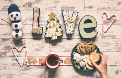live and love this holiday (auntneecey) Tags: overhead tabletop holiday cookies hearts snowman 365the2017edition 3652017 day358365 24dec17