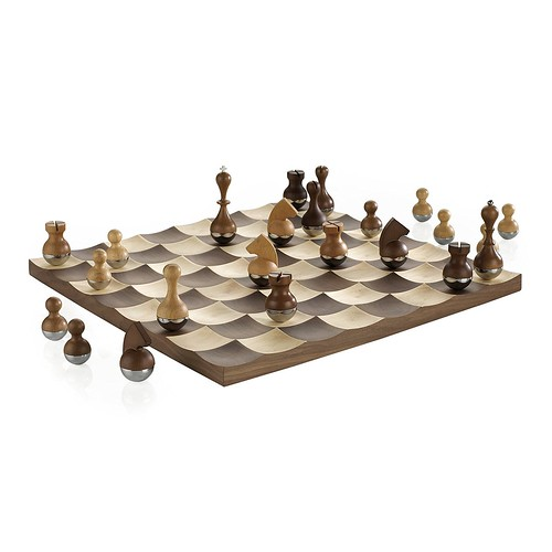 Quirky Wobble Chess Set