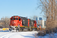 CN 149 @ Saint-Henri, QC (Mathieu Tremblay) Tags: montreal quebec canada ca subdivision cn canadian canadien national railroad railway chemindefer train locomotive sd60 149 5420 snow neige winter hiver container intermodal conteneurs milepost four 4 sony a99 sal70300g