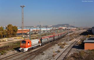 FGC 353.04+353.03 cargometro Barcelona Can Tunis