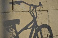 mi bici (miquelinus) Tags: shadow bici cycle bicycle bicicleta sombra