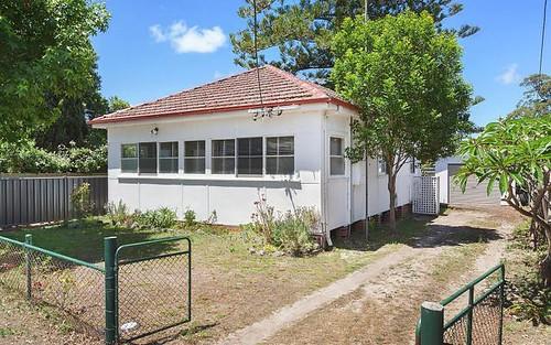 304 Burge Rd, Woy Woy NSW 2256