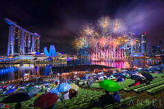 2018 New Year Fireworks (draken413o) Tags: singapore architecture cityscapes skyline skyscrapers urban places scenes asia travel destinations new year countdown 2018 fireworks pyrotechnics glorious rain wet party vertorama irix blackstone 15mm canon 5dmk4 marina bay sands night wow amazing celebrations