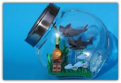 (peter-ray) Tags: lego shark squalo fish mini figure peter ray moc diorama sea blu acquario samsung nx2000
