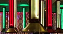 Lyon - Lustres d'un restaurant coréen. (Gilles Daligand) Tags: lyon rhone lustres chandeliers restaurant coréen korean olympus omdem5 12100